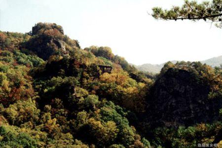 通化 集安 高句丽古迹 五女峰森林公园 三角龙湾 吊水壶瀑布双卧4晚5