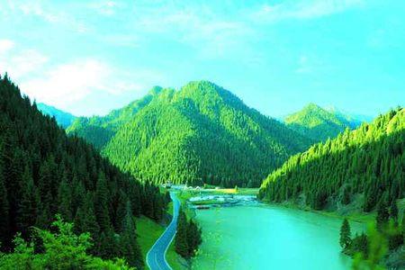 乌鲁木齐天山大峡谷1日游>天鹅湖