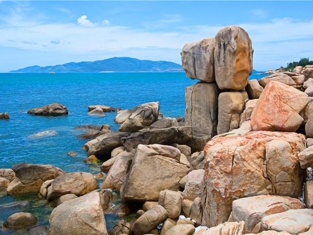 钟屿石岬岛